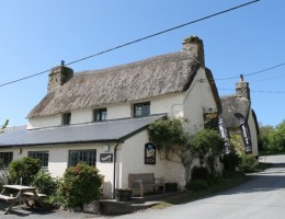 Charles-Darrow-offers-Two-Exceptional- Cornish-Freeholds-for-Sale