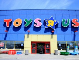 "Babies and Toys ""R"" Us Side-by-Side in America"