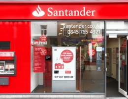Major High Street Banks Fall out of Favour with Customers