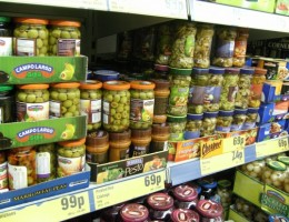 High-Earners-Switch-to-Cheap-Supermarkets-to-Beat-Recession