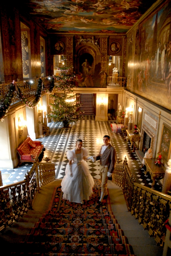 Get In The Christmas Spirit With Chatsworth House
