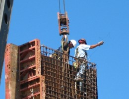 UK-Commercial-Construction-Faces-Challenging-Times
