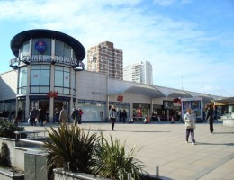 Brighton-Shopping-Centre-trials-Store-to-Door-Delivery-Service