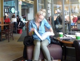 Coffee-Shops-outstrip-Pubs-as-Womens-Spending-Power-Increases