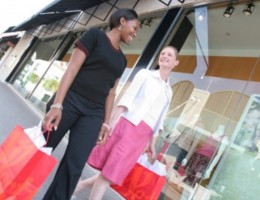 Consumers-prefer-visiting-shops-to-Online-Retail-South-African-Survey-Reveals