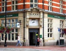 Lloyds-Bank-confirms-150-Branch-Closures