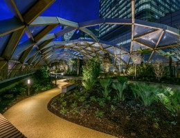 Canary-Wharfs-Crossrail-Place-Opens-to-the-Public