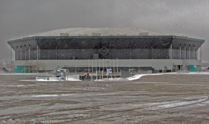 Abandoned-Pontiac-silverdome-on-market-for-30m