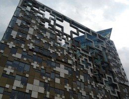 Birmingham-Landmark-The-Cube-for-Sale-say-Reports