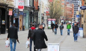 Regional high street investment down in q1 2016