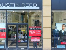 Thousand jobs at risk as Austin Reed set to close all stores