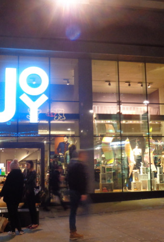Fashion retailer Joy rescued by Louche London in a pre-packed deal
