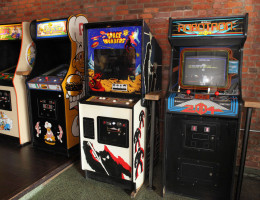 retro video game arcades